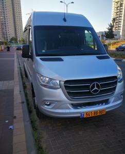 מונית גדולה תל אביב